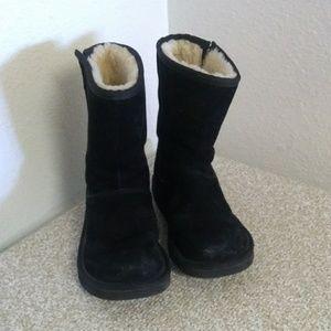 Ugg Australia Sheepskin Lined Black Leather Boots